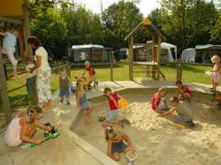 Vergrote afbeelding van Kamperen Familiecamping De Bron in Valkenburg