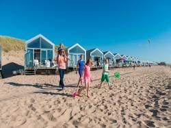 Vergrote afbeelding van Bijzonder overnachten Landal Beach Resort Ooghduyne Strandhuisjes in Julianadorp aan Zee