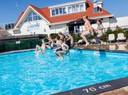 Eerste extra afbeelding van Bungalow, vakantiehuis TopParken Recreatiepark Noordwijkse Duinen in Noordwijk