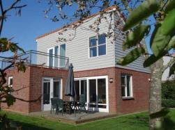 Vergrote afbeelding van Bungalow, vakantiehuis Park Wijde Aa in Roelofarendsveen