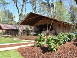 Vergrote afbeelding van Bungalow, vakantiehuis Camping Besthmenerberg in Ommen