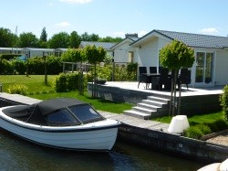 Vergrote afbeelding van Bungalow, vakantiehuis Marinapark Tacozijl in Lemmer