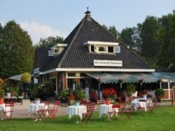 Vergrote afbeelding van Bed and Breakfast Villa Zomerdijk in Velsen-Zuid
