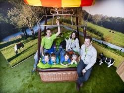 Vergrote afbeelding van Bungalow, vakantiehuis Slapen in een Luchtballon in Haaren NB