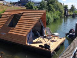 Vergrote afbeelding van Bijzonder overnachten Floating Lodge Forteiland Pampus in Muiden