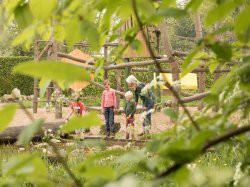 Derde extra afbeelding van Tuinen, Kunsttuinen De Kruidhof hortus van Fryslân in Buitenpost
