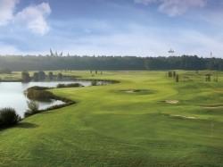 Vergrote afbeelding van Golfen Efteling Golfpark   in De Moer