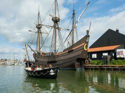 Vergrote afbeelding van Rondvaart, Botenverhuur Watertaxi Rederij Hoorn in Hoorn