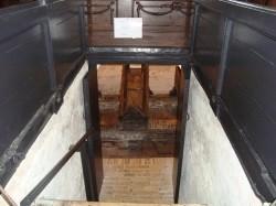 Vergrote afbeelding van Bezienswaardigheid De mummies van Wiuwert (Wieuwerd) in Wiuwert