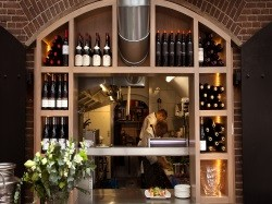 Vergrote afbeelding van Restaurant Brasserie  en Wijnbar Fort H in Muiden